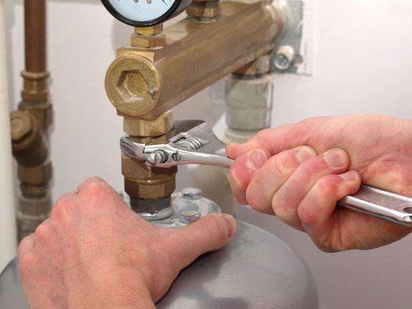 AA Plumbing commercial plumbing_edited-1